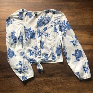 🥳HP🥳Wild Fable Floral Button-Up Tie Front Blouse